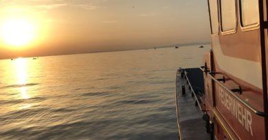 t21 – Boot läuft mit Wasser voll